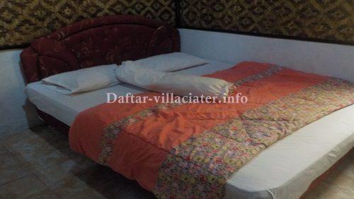 tempat tidur villa di ciater