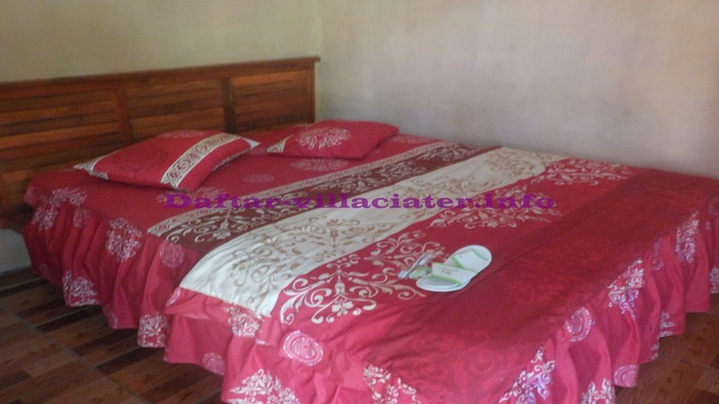 tempat tidur villa perkamar di ciater