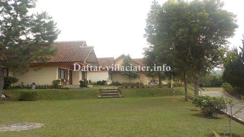 halaman di villa ciater untuk rombongan