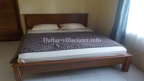 kamar tidur villa di ciater untuk rombongan